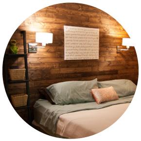 Esempio luce da parete letto